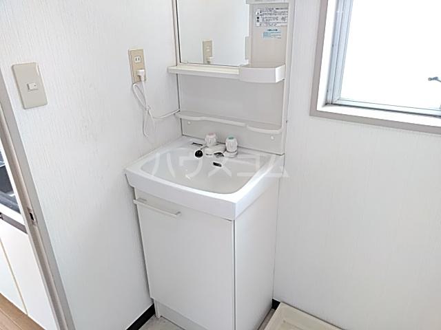 トミーカーサ 202号室の居室
