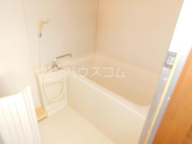 ゴールド 201号室の風呂