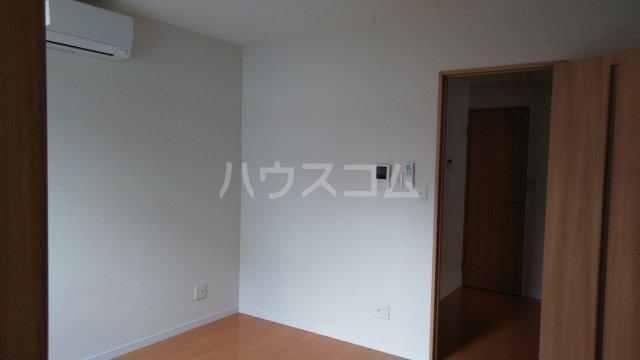 レガーロ上尾愛宕Ⅱ 102号室のリビング