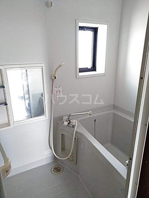グランドヒルズD 101号室の風呂