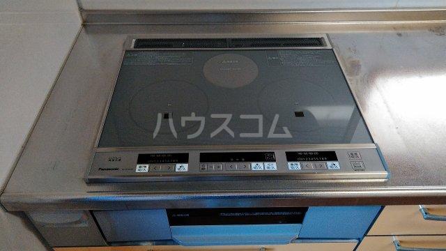 菖蒲町倉庫付き貸家のキッチン