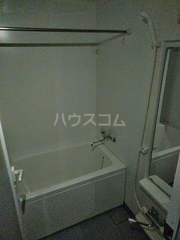 メゾン ルオーイェ 105号室の風呂