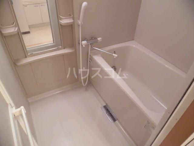 フィオーレ 101号室の風呂