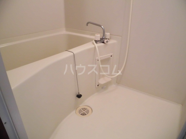 SYLPH・K 405号室の風呂