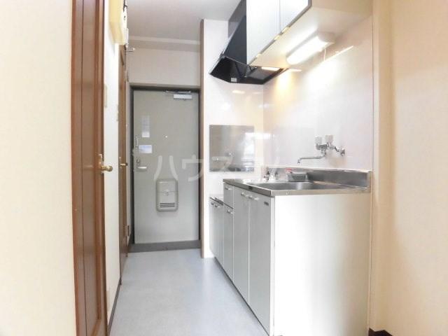 マンション アルティア 103号室のキッチン