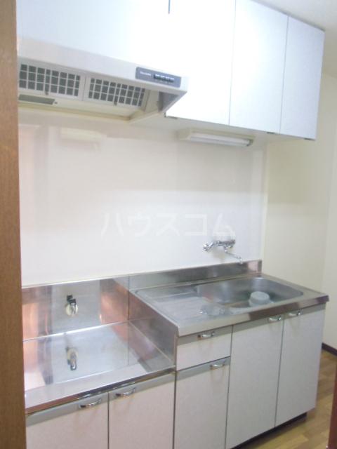 ドミールⅥ 205号室のキッチン