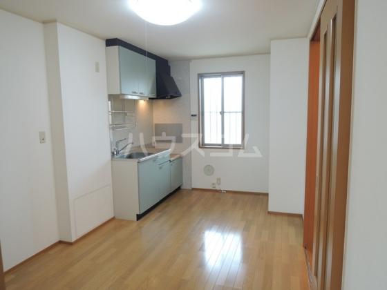SunnyHills B 102号室のキッチン