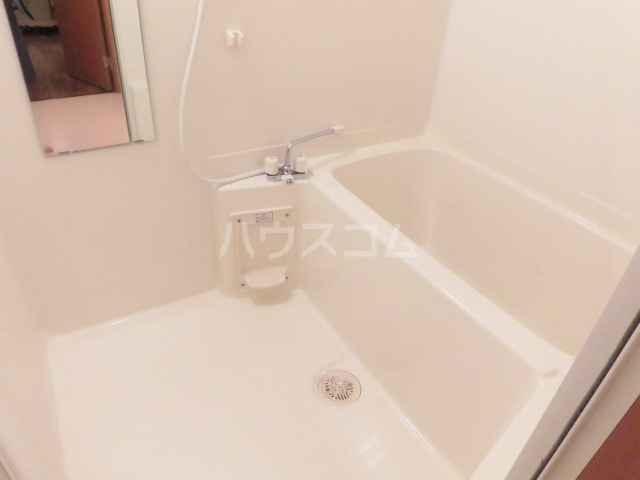 アリーナ 101号室の風呂