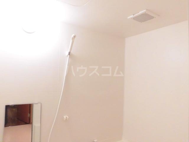 アリーナ 206号室の風呂