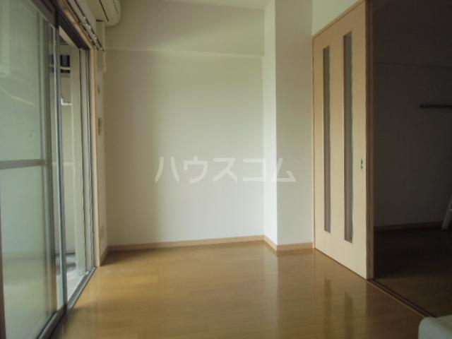 S-FORT博多東Ⅱ 203号室のリビング