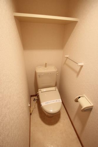 インヘリッツ田原 402号室のトイレ