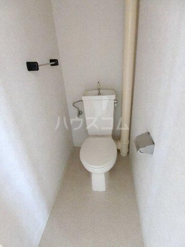 メルヘンハイツ 401号室のトイレ