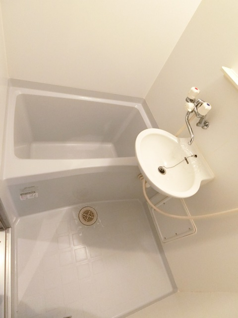 サンスカイ北天神 1002号室の風呂