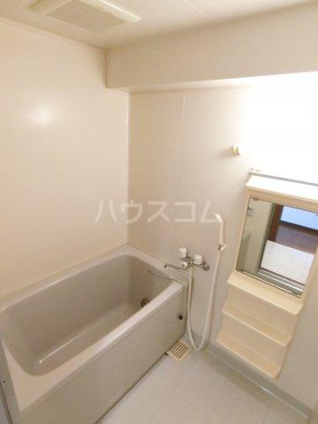 イーストコート箱崎 901号室の風呂