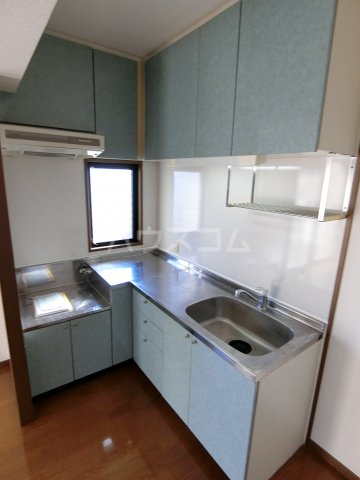 イーストコート箱崎 901号室のキッチン