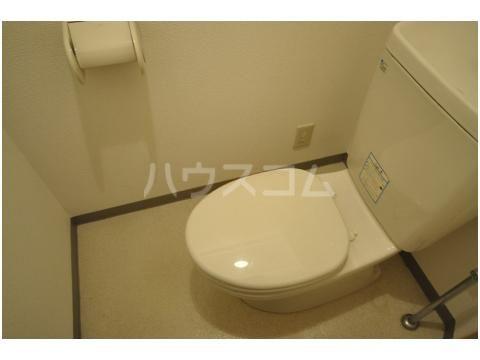 スライビング冷泉 401号室のトイレ