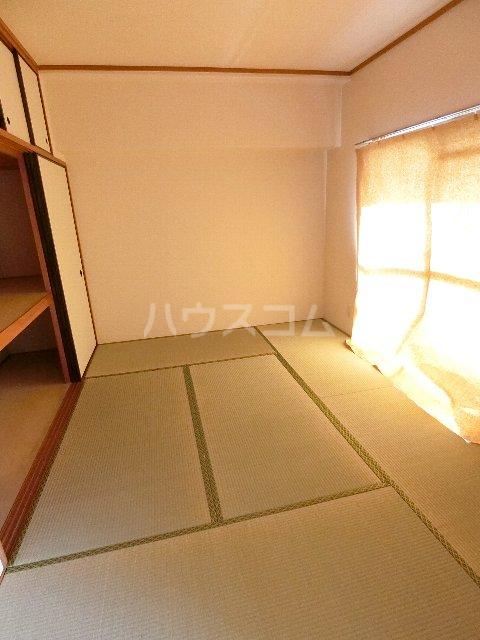 メゾン・ド・レスポアールⅡ 401号室のベッドルーム