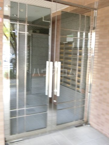 グランシャリオ箱崎 505号室のエントランス