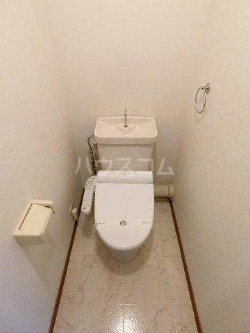 グランシャリオ箱崎 505号室のトイレ