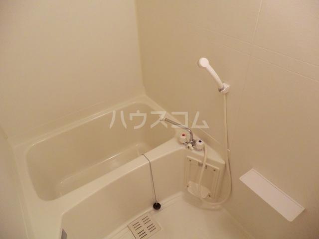 ボンシャンス 207号室の風呂