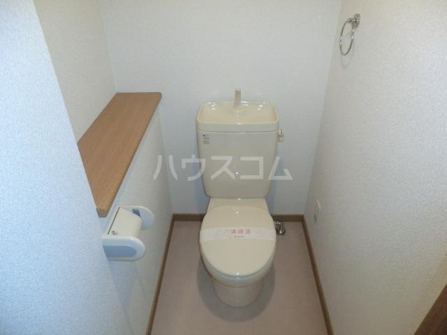 ボンシャンス 207号室のトイレ