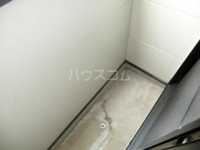 メゾン・ド・レスポアール 201号室のバルコニー