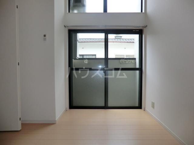 メゾン・ド・レスポアール 201号室の居室