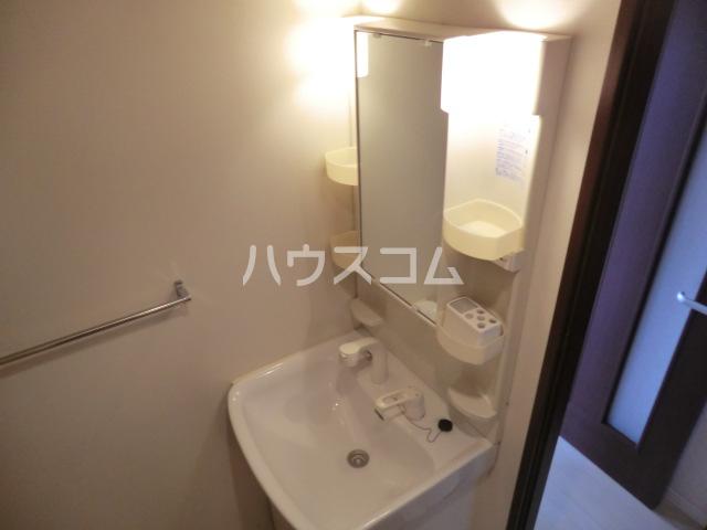 グロースイースト 406号室の洗面所