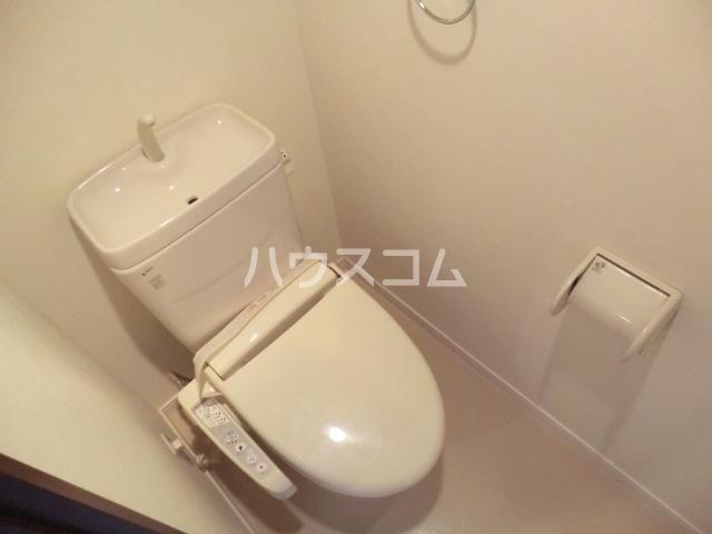 グロースイースト 406号室のトイレ