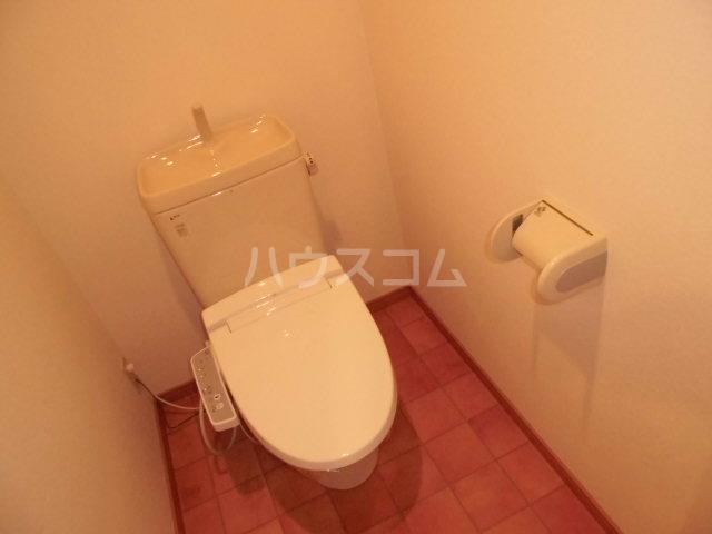 イースト フルハウス 306号室のトイレ