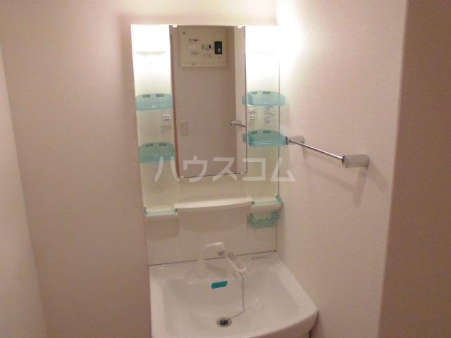 イースト フルハウス 306号室の洗面所