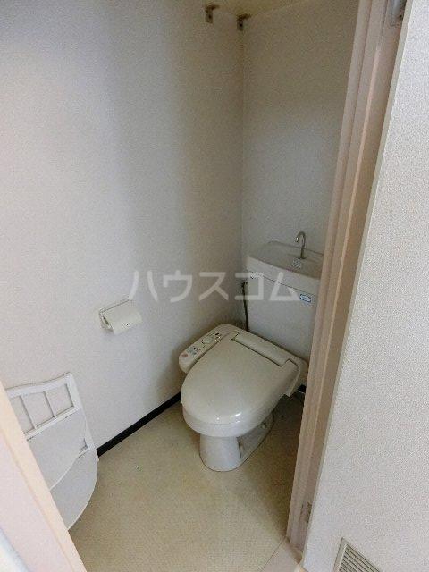 シティマンション呉服町 403号室のトイレ