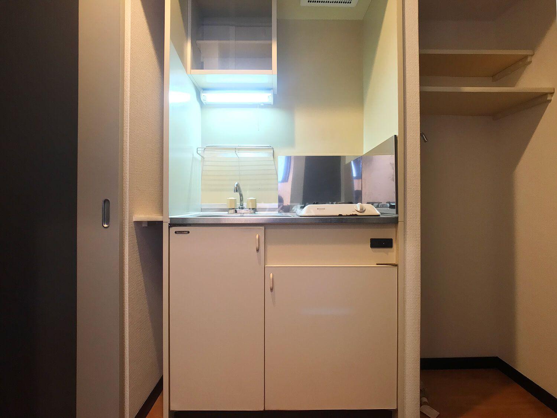 ピュアドームフローリオ博多 501号室のキッチン