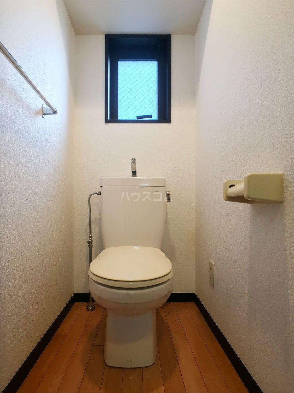 ピュアドームフローリオ博多 501号室のトイレ