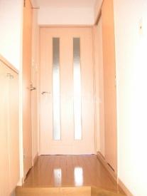 ジェイド博多 801号室の玄関