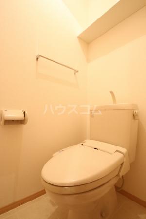グランコート南里 A A101号室のトイレ