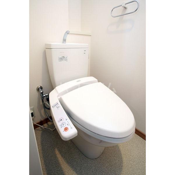 ラクレイス大橋 802号室のトイレ