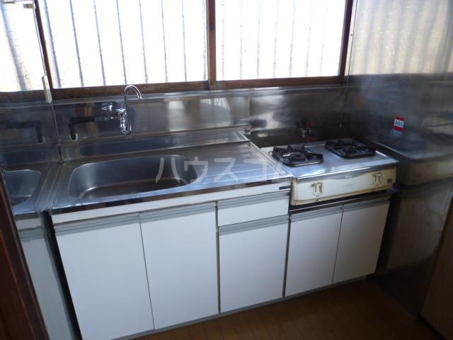 菊水荘 201号室のキッチン
