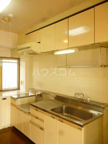 フォルム行徳 103号室のキッチン