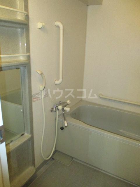 緑園都市プレーヌ 506号室の風呂