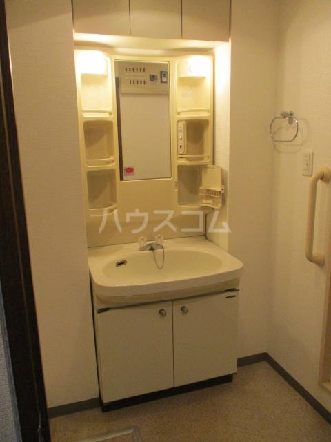 緑園都市プレーヌ 506号室の洗面所
