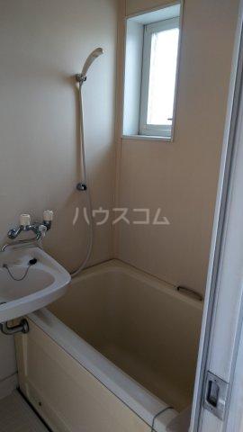 メゾンサヴェール 202号室の風呂