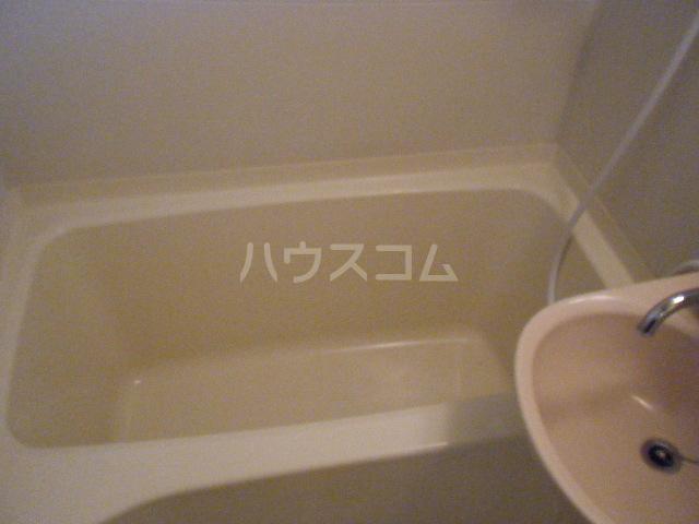 エテルノ聖蹟 206号室の風呂