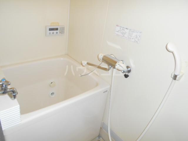 諏訪ハイム9 102号室の風呂