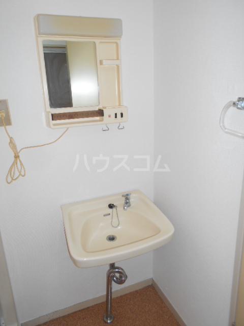 諏訪ハイム9 102号室の洗面所