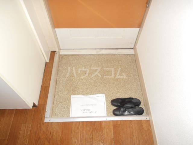 諏訪ハイム9 102号室の玄関