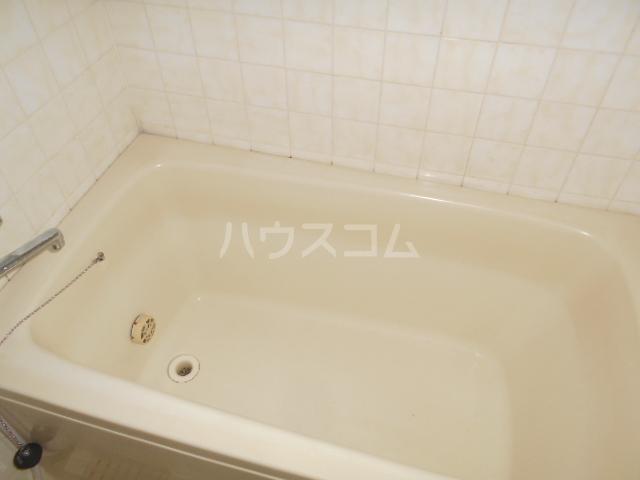 ノーブル貝取 302号室のトイレ