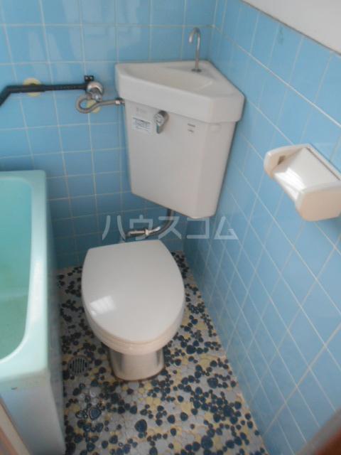 第2もはん荘 202号室のトイレ