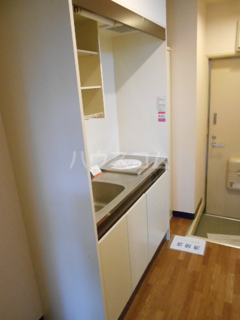グリーンウッドⅠ 203号室のキッチン