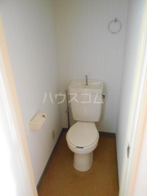 グリーンウッドⅡ 102号室のトイレ